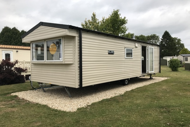NOW SOLD Brand New Willerby Minster 28 x 10, Sited on a 10 Month Plot