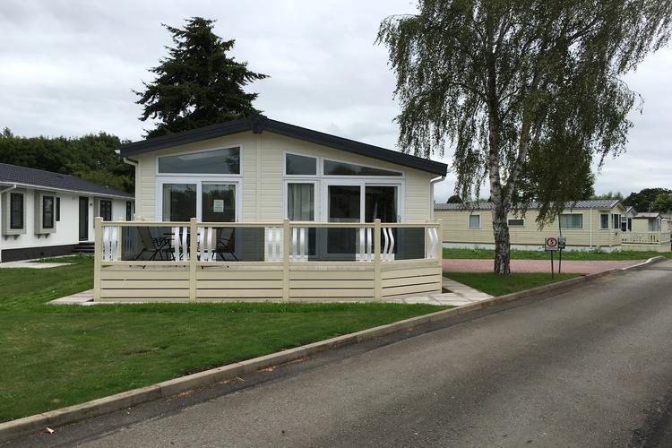 Pemberton rivendale luxury lodge for Pemberton cabins