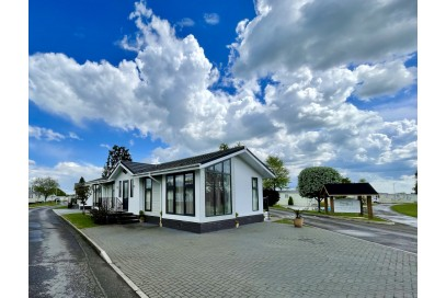 *DEPOSIT TAKEN* 2014 Stately Albion 40x20 Bungalow Style 12 month Holiday Home